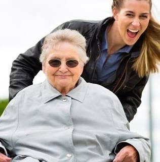 assistenza anziani como milano