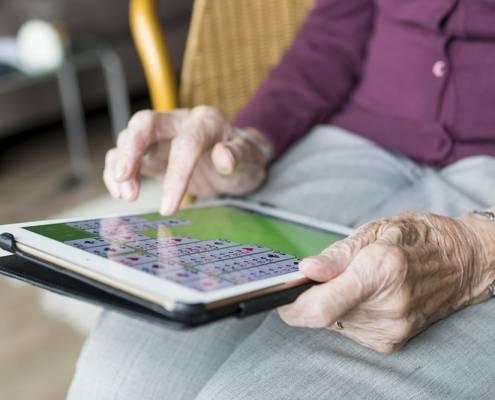 Internet e anziani badanti