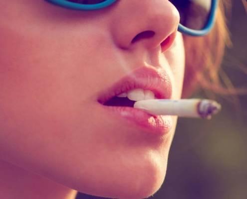 Badante fumatrice salute assistenza domiciliare anziano