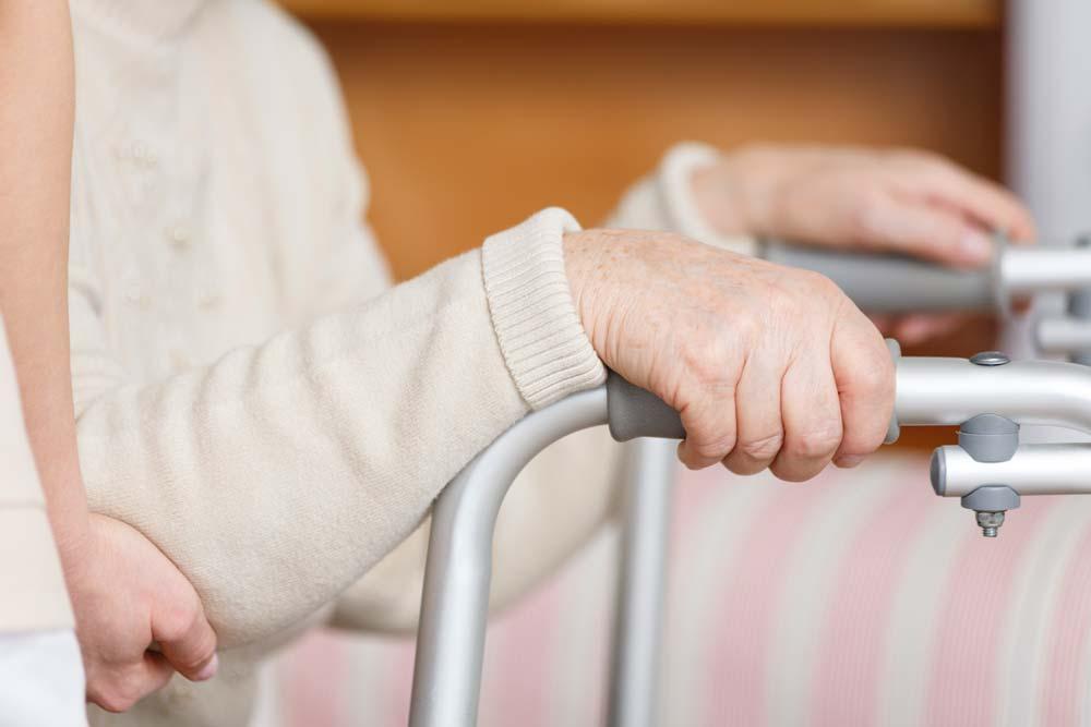 Saper riconoscere manifestazioni patologie anziani