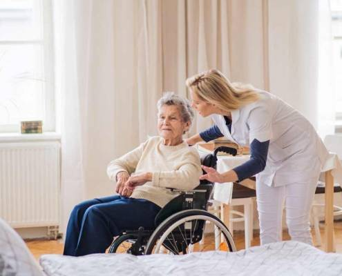 Badanti anziani invalidi