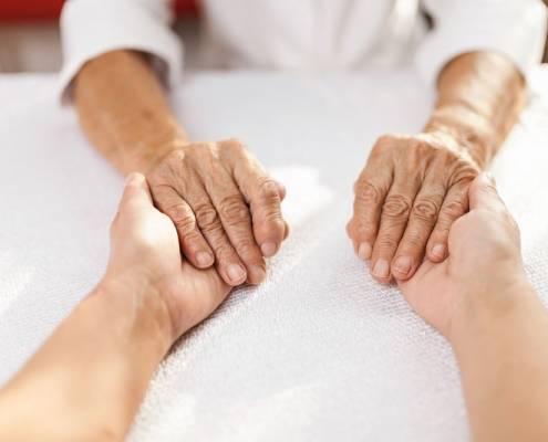 Costo anziani senza badanti