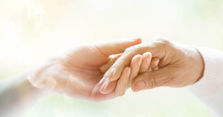accettazione anziano e badante