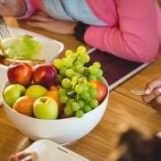 La frutta: compito della badante